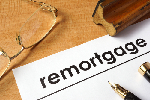 Remortgage activity surges ahead of expected interest rate rise