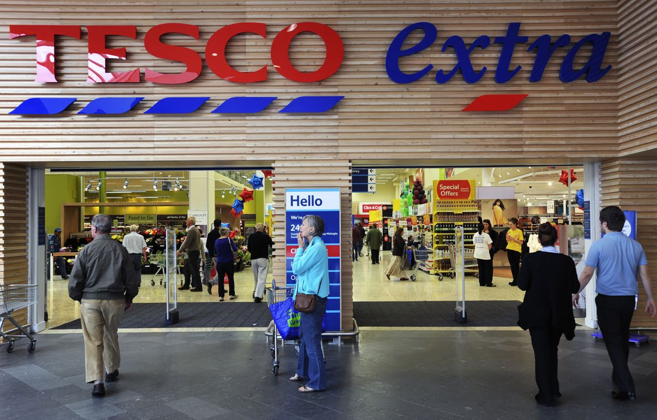 tesco lotus stores currently operate in Encouraged by signs of an economic improvement, tesco lotus says it is planning to open 100 new stores in the next year.