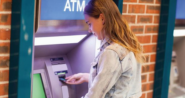 Thousands of free cash-machines could be axed