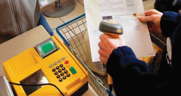 Retailers quit PayPoint over new contracts and pricing
