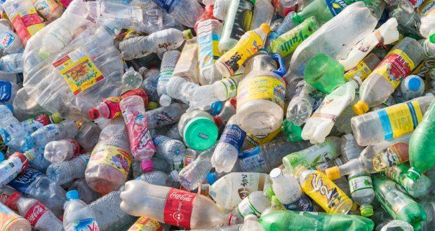 Gove calls for bottle deposit scheme to cut pollution
