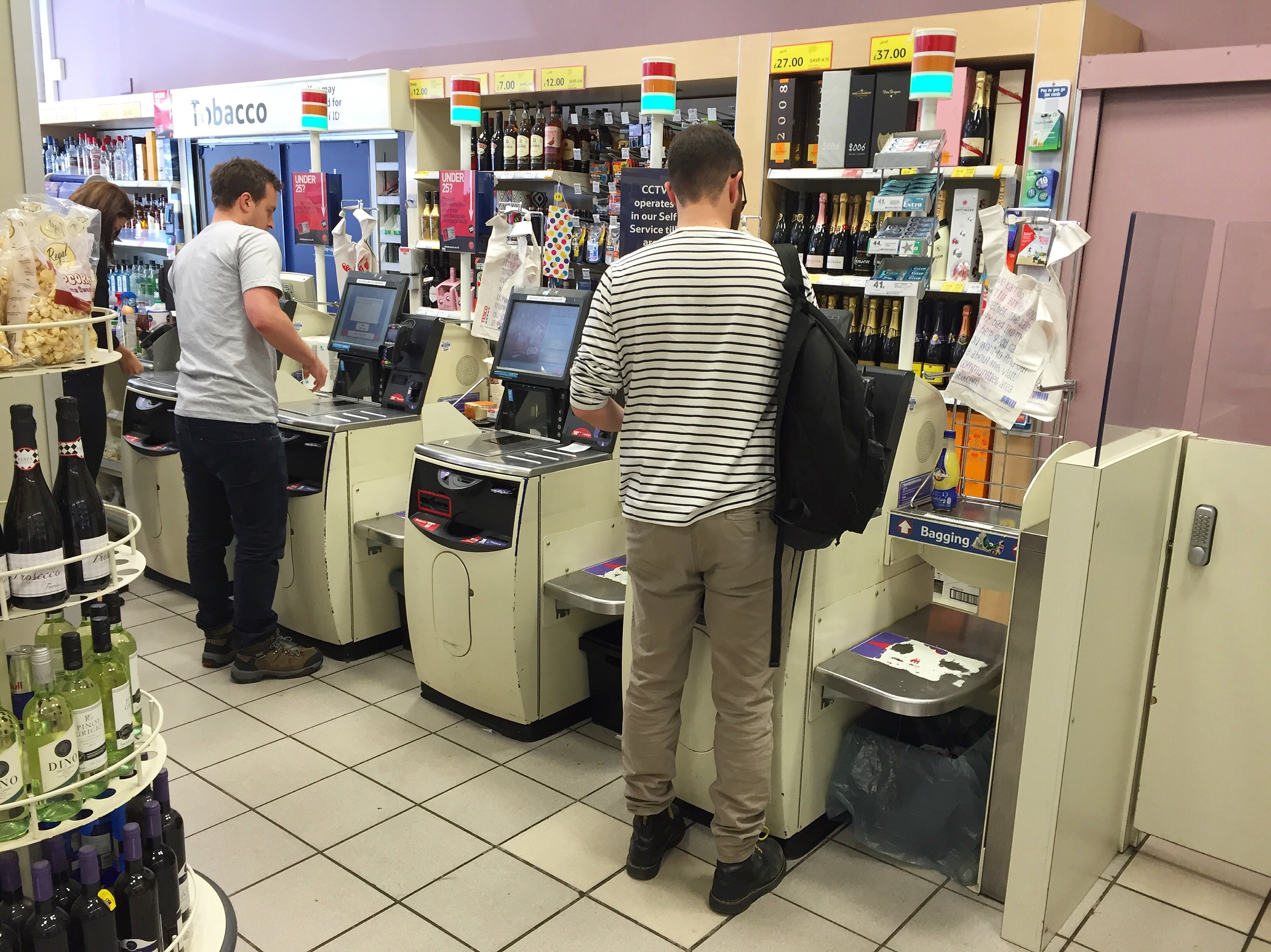 Automated Tills Put Older Shoppers Off