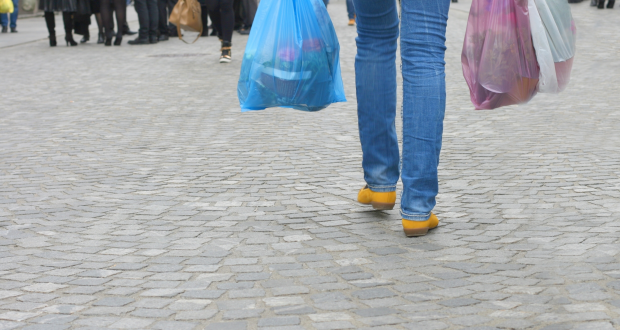 Plastic bag charge set to affect all retailers